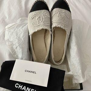 CHANEL 🖤 Grey and Black Linen Espadrilles